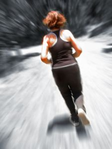 1181363_woman_jogging_blur